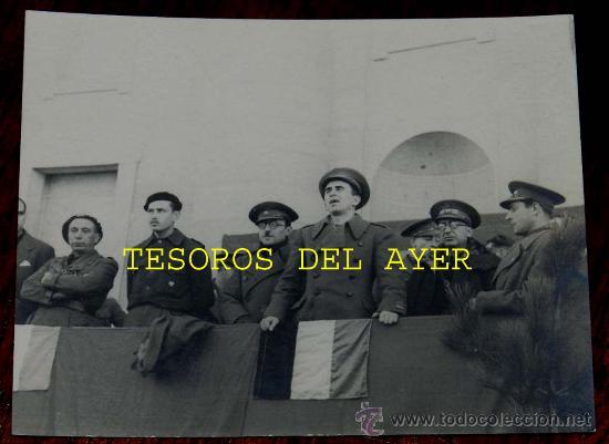 Militaria: Lote de 5 antiguas fotografias originales de las Brigadas Internacionales durante la Guerra Civil en - Foto 3 - 29759288