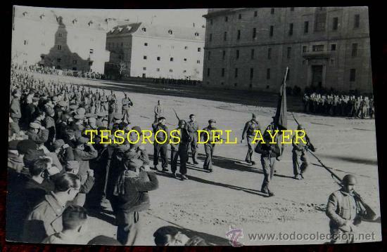 Militaria: Lote de 5 antiguas fotografias originales de las Brigadas Internacionales durante la Guerra Civil en - Foto 5 - 29759288