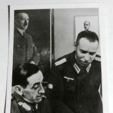 Militaria: ANTIGUA FOTOGRAFIA DE LA DIVISION AZUL, VOLUNTARIOS ESPAÑOLES EN RUSIA, GENERAL MUÑOZ GRANDES SOBRE. Lote 221507893