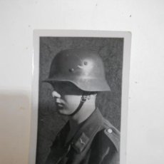 Militaria: SOLDADO DE ANTIAEREOS LUFTWAFFE FLAK CON CASCO CON CALCA. Lote 30836997