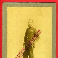 Militaria: FOTOGRAFIA MILITAR, ESPAÑOL CONDECORACIONES, SABLE CUELLO 84 , DERREY VALENCIA 1902, ORIGINAL, P15. Lote 31225274