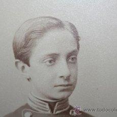 Militaria: FOTOGRAFIA DE SM EL REY ALFONSO XII EN LA ACADEMIA STANDHUSRST 1870. Lote 32121791