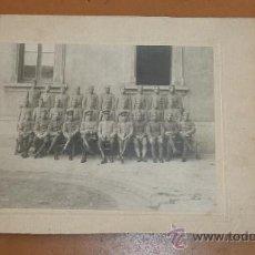 Militaria: ANTIGUA FOTOGRAFIA DE MILITARES DE CABALLERIA. AÑOS 20 O 30. Lote 44998085