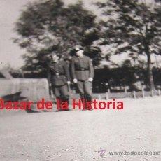 Militaria: DIVISION AZUL, FOTO DE 2 DIVISIONARIOS, UNO DE ELLOS ES SUBOFICIAL.,. Lote 35042913