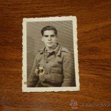 Militaria: ANTIGUA FOTOGRAFIA DE SOLDADO DE CEUTA DE 1938, GUERRA CIVIL. Lote 35239514