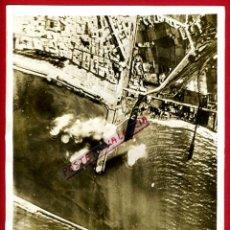 Militaria: FOTO FOTOGRAFIA, GUERRA CIVIL , BOMBARDEO EN EL PUERTO DE BARCELONA ,27-1-1939 ,ORIGINAL, F506. Lote 35453540