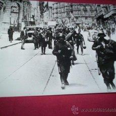 Militaria: FOTO SOLDADOS NACIONALES ENTRANDO EN BILBAO, ORIGINAL 1936 VIZCAYA EUSKADI PAIS VASCO GUERRA CIVIL. Lote 35678669