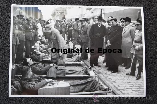 (JX-694)FOTOGRAFIA DE BRANGULI DEL INTERCAMBIO DE PRISIONEROS REALIZADO EN BARCELONA 27-12-1943 (Militar - Fotografía Militar - II Guerra Mundial)