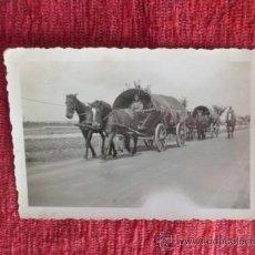 Militaria: ANTIGUA FOTOGRAFIA CARRETAS DE TRANSPORTE MILITAR 1928 ENTREGUERRAS N-72. Lote 36122153