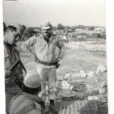 Militaria: FOTOGRAFIA SOLDADOS ESPAÑOLES AÑOS 70. Lote 36712343