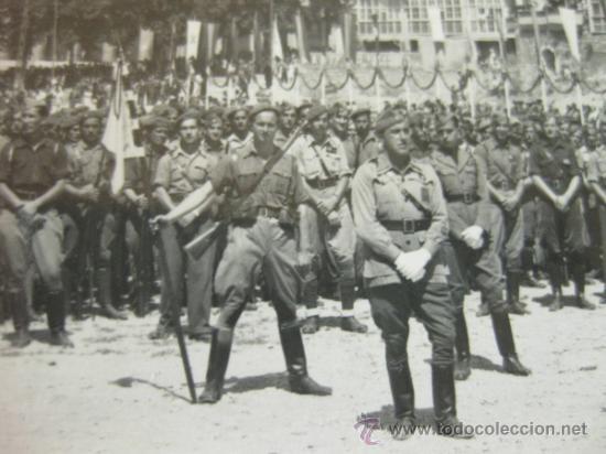 Militaria: 4 FOTOGRAFIAS DE LA CELEBRACION EN VITORIA DEL ALZAMIENTO NACIONAL 1938 - GUERRA CIVIL - PAIS VASCO - Foto 7 - 36753624