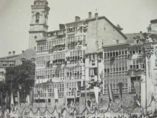 Militaria: 4 FOTOGRAFIAS DE LA CELEBRACION EN VITORIA DEL ALZAMIENTO NACIONAL 1938 - GUERRA CIVIL - PAIS VASCO - Foto 8 - 36753624