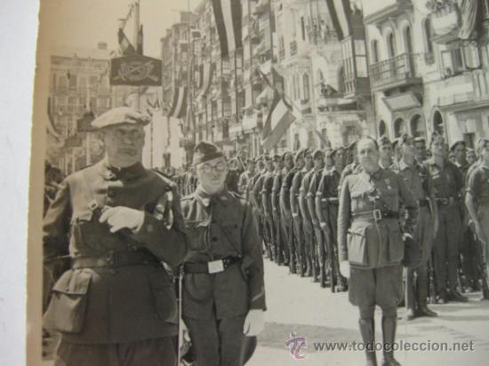 Militaria: 4 FOTOGRAFIAS DE LA CELEBRACION EN VITORIA DEL ALZAMIENTO NACIONAL 1938 - GUERRA CIVIL - PAIS VASCO - Foto 9 - 36753624