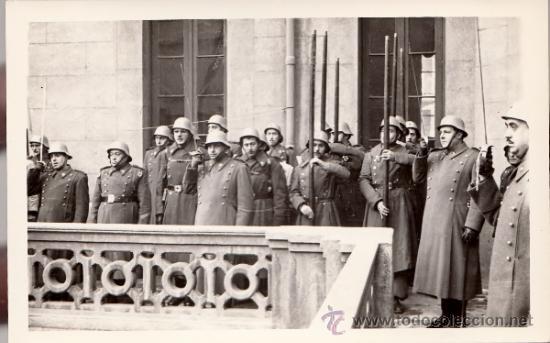 FOTO MILITAR FOTOGRAFÍA CRUZ ROJA, BARCELONA, AÑOS 50 (Militar - Fotografía Militar - Otros)