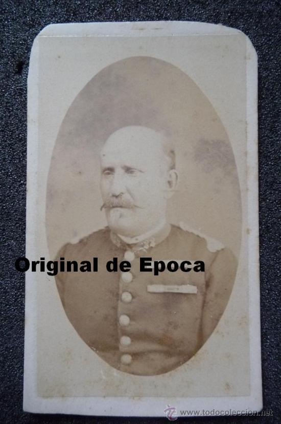 (JX-884)FOTOGRAFIA DE OFICIAL SIGLO XIX (Militar - Fotografía Militar - Otros)