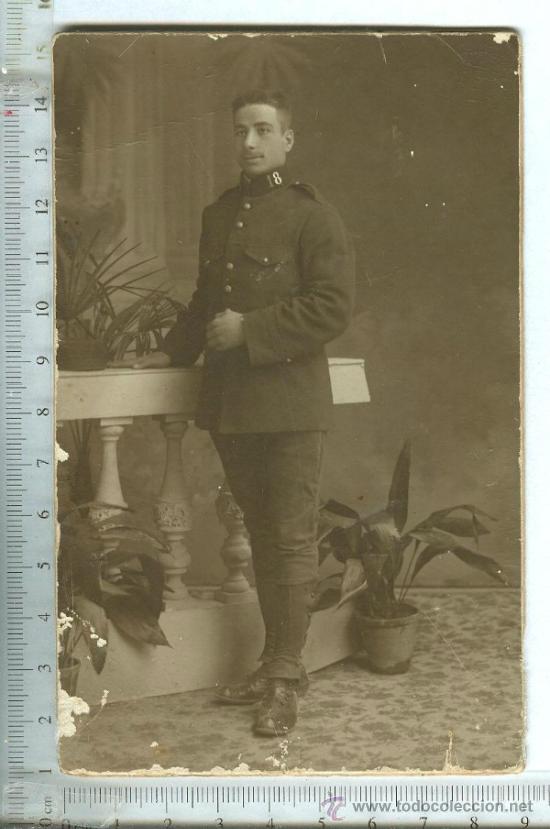 FOTOGRAFIA MILITAR FORMATO TARJETA POSTAL REGIMIENTO DE INFANTERIA ALMANSA Nº 18. ALFONSO XIII (Militar - Fotografía Militar - Otros)