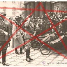Militaria: FOTO DE PRENSA DE HITLER Y VON BLOMBERG EN BERLIN EN 1936. FOTO DE GRANDES DIMENSIONES. 24,3X17 CM.. Lote 38318530