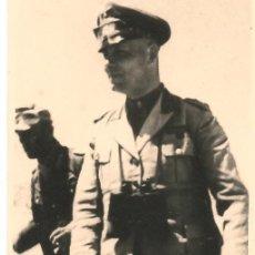 Militaria: EL MARISCAL ROMMEL EN AFRICA. FOTO ORIGINAL ARRANCADA DE UN ÁLBUM EN PAPEL RIDAX.6,5 X 9 CM. Lote 38390403