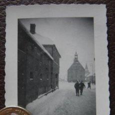 Militaria: FOTOGRAFIA SEGUNDA GUERRA MUNDIAL , ESCRITA A LAPIZ 1942 - SOLDADOS E IGLESIA. Lote 38605942