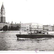 Militaria: FOTOGRAFIA ORIGINAL BARCO - BOMBEROS VENECIA - ASTILLEROS (1) AÑO 1956. Lote 38883973