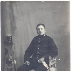 Militaria: CARTAGENA,1913, POSTAL FOTOGRAFICA DE UN MILITAR, FOT.HERNANDEZ. Lote 38941564
