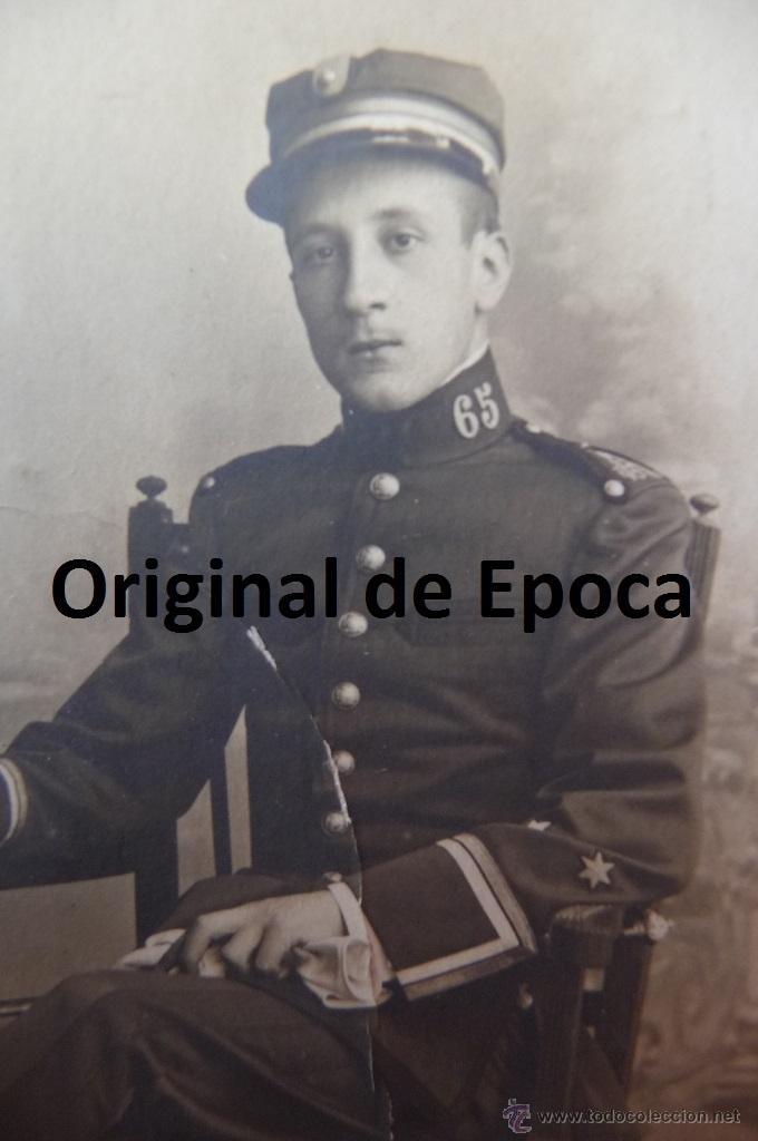 Militaria: (JX-1105)FOTOGRAFIA DE TENIENTE DE INFANTERIA REG.Nº65,EPOCA ALFONSINA - Foto 2 - 39603937