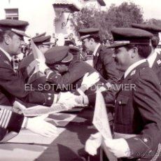 Militaria: FOTOGRAFIA MILITAR - AVIACIÓN - ACTO MILITAR. Lote 39800761