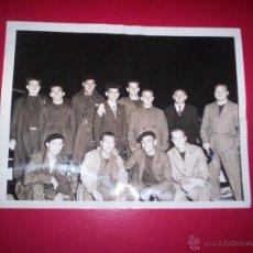 Militaria: PRECIOSA FOTO ORIGINAL 23X18 CM MILICIANOS BRIGADAS INTERNACIONALES 1939 GUERRA CIVIL. Lote 40184035
