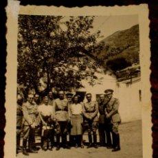 Militaria: ANTIGUO FOTOGRAFIA DE OFICIALES ESPAÑOLES - FOTO ROS - CEUTA - ABRIL DE 1942 - POSIBLEMENTE EN TEUTA. Lote 38258688