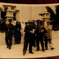 Militaria: FOTOGRAFIA ORIGINAL DE LA GUERRA DE IFNI - GENERAL MARIANO GOMEZ DE ZAMALLOA, GOBERNADOR GENERAL DE . Lote 38258897
