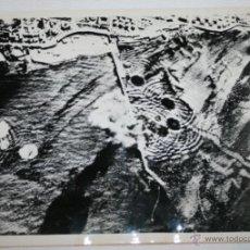 Militaria: BOMBARDEO ALIADO AL PUERTO DE TRIPOLI - FOTOGRAFIA DE LA II GUERRA MUNDIAL. Lote 40533767