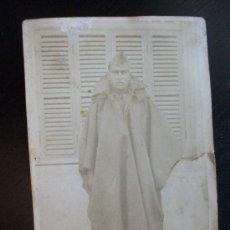 Militaria: GUERRA CIVIL : SOLDADO CON ALPAGATAS Y CAPOTE-MANTA , 1937 ... Lote 40674788
