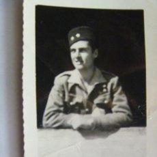 Militaria: GUERRA CIVIL : TENIENTE DE REGULARES CON TARBUSH . 1938 , III AÑO TRIUNFAL. Lote 40845552
