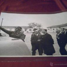 Militaria: BASE MILITAR DE BETERA- VALENCIA- VISITA CIVIL MOTOR IBERICA S.A.- FOTO ANDREU. Lote 40949091