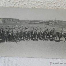 Militaria: CABALLERÍA ESPAÑOLA. FORMACIÓN EN CABALLO. 1923. . Lote 41608927