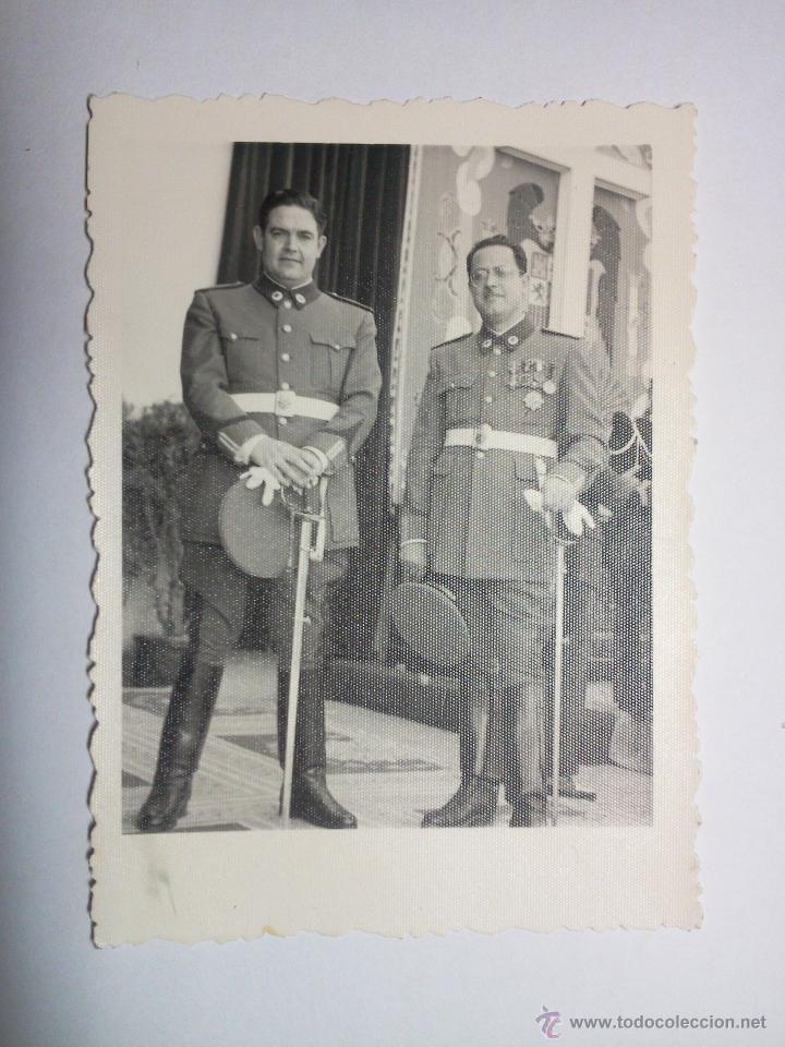 Militaria: FOTOGRAFÍAS DE MILITARES DE LA GUARDIA DE FRANCO - Foto 2 - 42029214