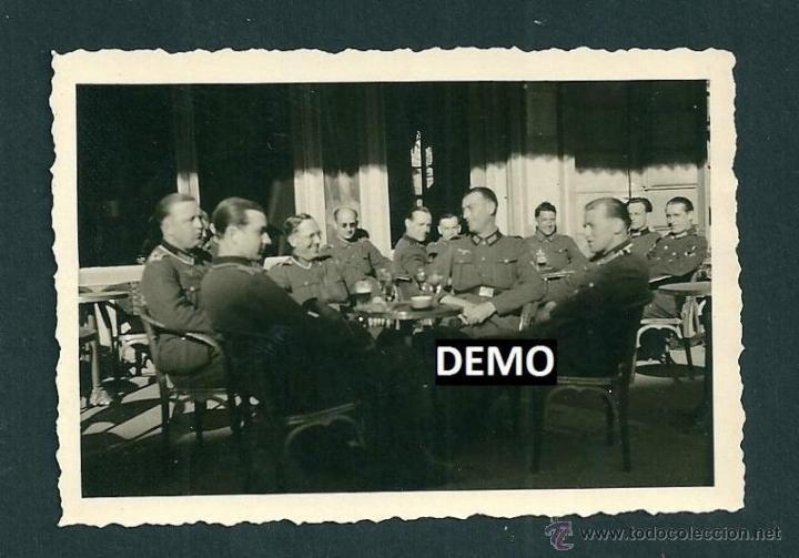 Militaria: 10 Fotografias Soldados alemanes en Francia viendo los toros - Nimes - ww2 - Foto 2 - 42502802