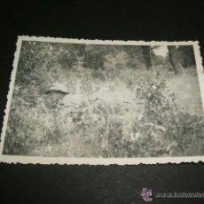 Militaria: DURANGO VIZCAYA 1937 GUERRA CIVIL SOLDADO ALEMAN CON PISTOLA FOTOGRAFIA POR SOLDADO LEGION CONDOR. Lote 42597551
