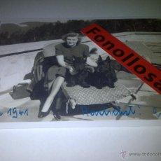 Militaria: FASCIMIL DE EVA BRAUN FIRMADA 13X18 CMS. Lote 42906321