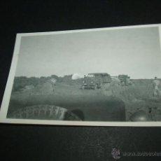 Militaria: ALAR DEL REY PALENCIA GUERRA CIVIL SOLDADOS LEGION CONDOR CON VEHICULO HENSCHEL Y BATERIA ANTIAEREA . Lote 43551052