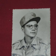 Militaria: FOTOGRAFIA MILITAR - SOLDADOS CON GAFAS - FOTO MARTINEZ SIDI IFNI 1961. Lote 44462166