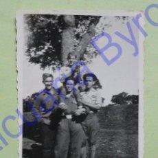 Militaria: FOTOGRAFÍA ANTIGUA ORIGINAL. GUERRA CIVIL. SOLDADOS (9 X 6,5 CM). Lote 44839604