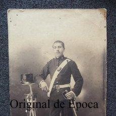 Militaria: (JX-1619)FOTOGRAFIA DE SOLDADO DE ARTILLERIA MONTADA,REG.Nº7,EPOCA ALFONSINA. Lote 45169564