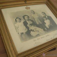 Militaria: GRAN FOTOGRAFIA DEDICADA Y FIRMADA DE LA FAMILIA REAL. DON JUAN DE BORBON. ROMA, AÑO 1942.. Lote 45176295