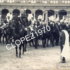 Militaria: SEVILLA,1922, EL TENIENTE CORONEL DE REGULARES DE LARACHE, GONZALEZ CARRASCO, SALUDANDO AL REY,LEER. Lote 45354120