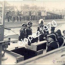 Militaria: SEVILLA, 1922, EL REY ALFONSO XIII A BORDO DE LA LANCHA GASOLINERA M-3, FOT.SANCHEZ DEL PANDO. Lote 45395435