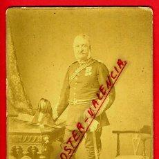 Militaria: FOTO MILITAR CON SABLE , FOTOGRAFIA W. SHAWCROSS , GUILDFORD , CON SABLE , ALBUMINA , ORIGINAL,L. Lote 46330304