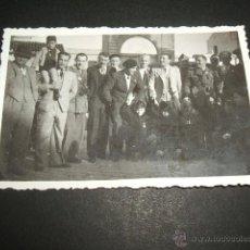 Militaria: BURGOS SOLDADOS NACIONALES EN CUARTEL GUERRA CIVIL FOTO TOMADA POR SOLDADO DE LA LEGION CONDOR. Lote 46365971