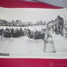 Militaria - fantastica foto original paris-soir guerra civil 20x15 cm.pontoneros rio cinca , aragon batalla ebro - 46432665