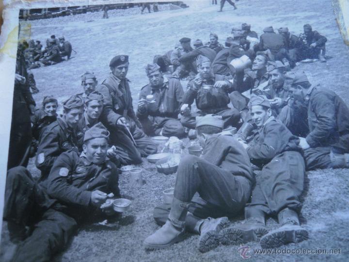 FOTOGRAFÍA SOLDADOS DIVISIÓN ACORAZADA BRUNETE. (Militar - Fotografía Militar - Otros)